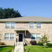 923 Harlock apartments Iowa City 319-351-1219